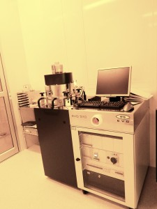 EVG 510 Wafer Bonder